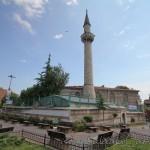ferruh-kethuda-camii-fatih-minare-foto-1200x800