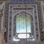 gazi-ahmet-pasa-camii-fatih-penceresi-1200x800