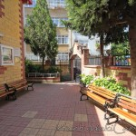 hasirci-melek-camii-fatih-avlu-fotografi-1200x800