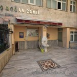 sarac-dogan-camii-fatih-avlusu-1200x800