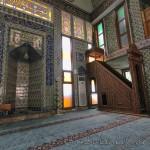 sarac-dogan-camii-fatih-minberi-mihrabi-1200x800