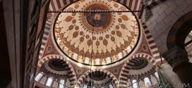 Mimar Sinan'ın son eseri : Atik Valide Camii