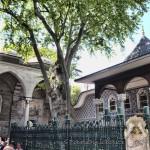 eyup-sultan-camii-eyup-avlu-cesme-1200x800