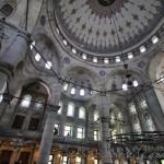 eyup-sultan-camii-eyup-sutunlar-avize-1200x800